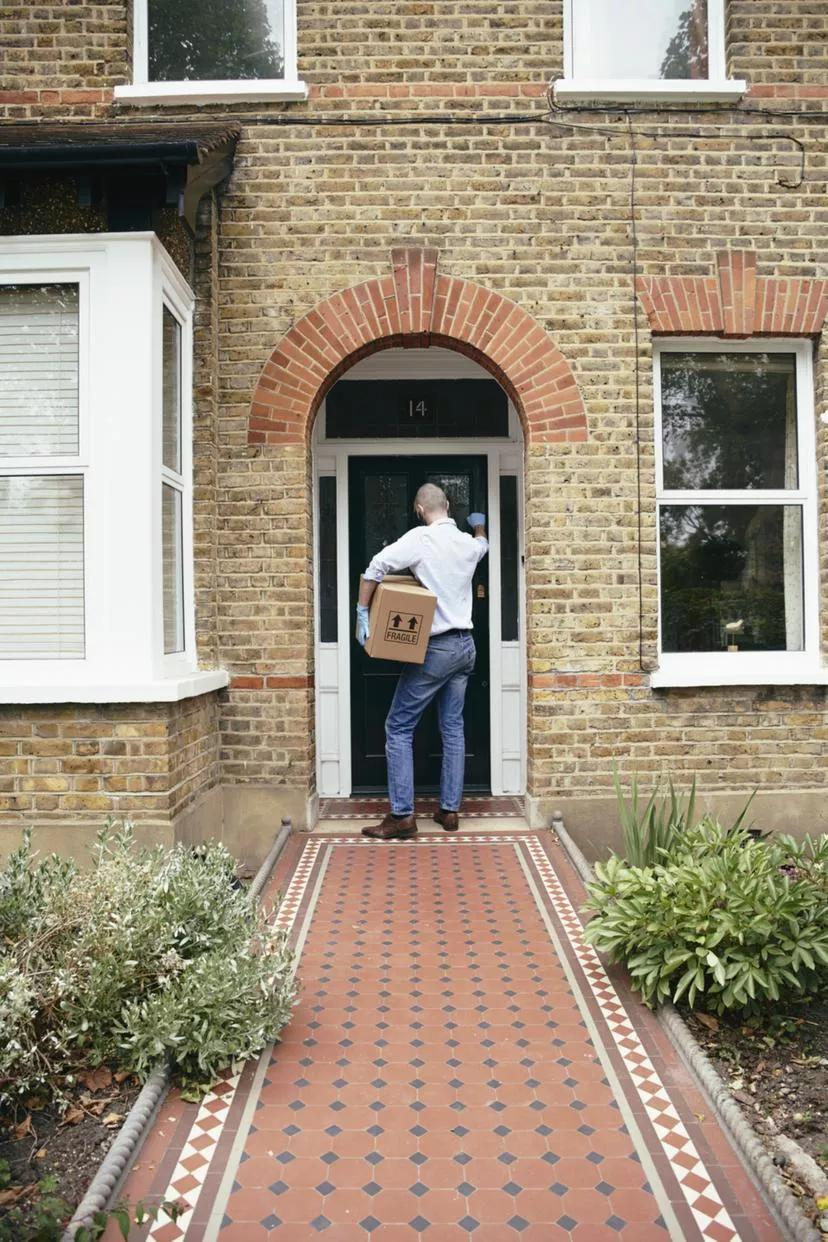华人快自查!澳男家门口出现奇怪标记,神秘人上门,或有被盗风险