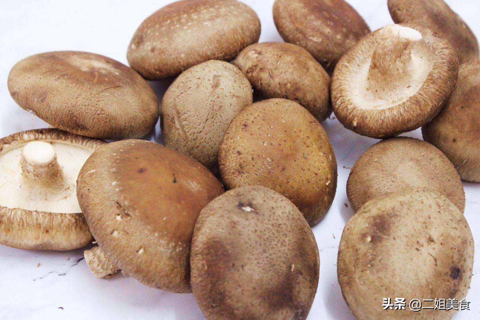 """買香菇,選大的還是選小的? 牢記""""2要2不要"""",以後別再買錯了"""