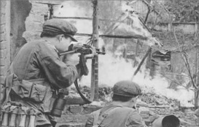 中越反击自卫战中,一飞行员因没有升职逃叛到越南,结局如何?