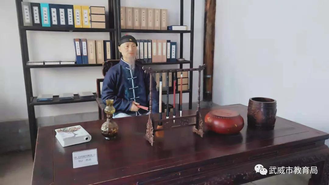 """探寻丝路文明 传承五凉文化——武威一中开展""""走进博物馆""""研学实践活动"""