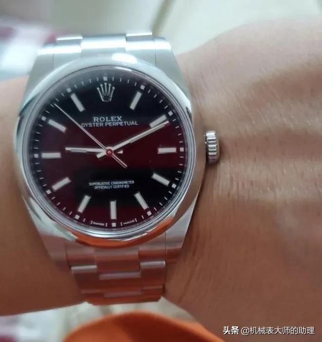 手表品牌的档次是由最贵的表款决定的吗?你戴的表是什么水平?
