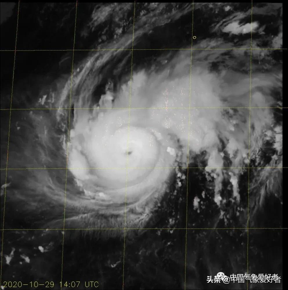 这是一只黑天鹅!19号台风迅猛增强,或连跳五级直升超强台风