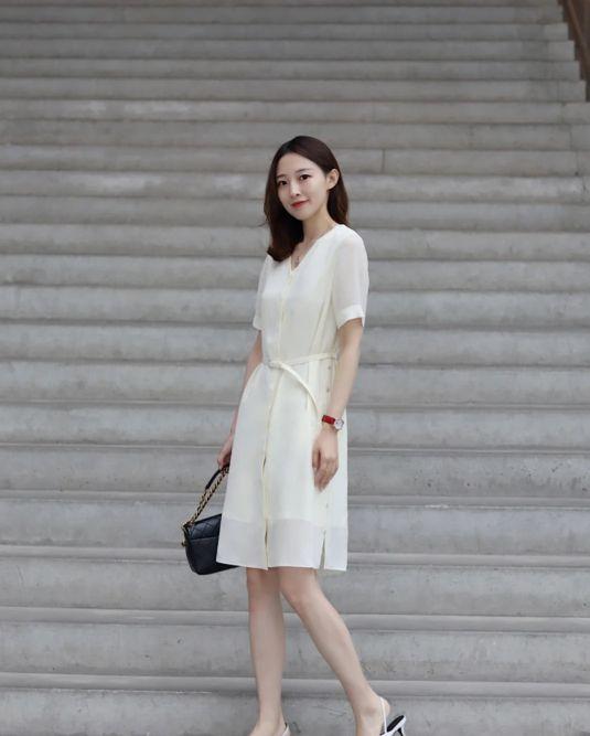 职场女性穿搭优雅气质穿搭连衣裙穿搭