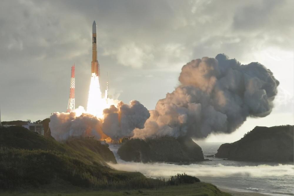 日本太空作战全听美国指挥,发射1000颗间谍卫星,监视中国每寸领土