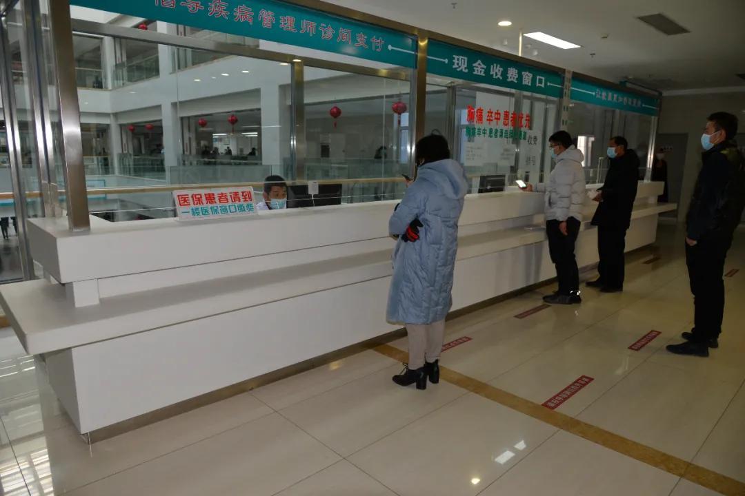 信息化就诊不发愁,巴彦淖尔市医院多举措方便老年人就医