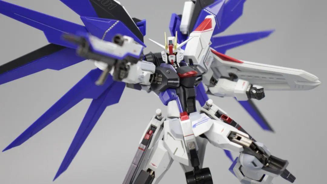 苍天之剑,METAL ROBOT魂自由高达开箱简评