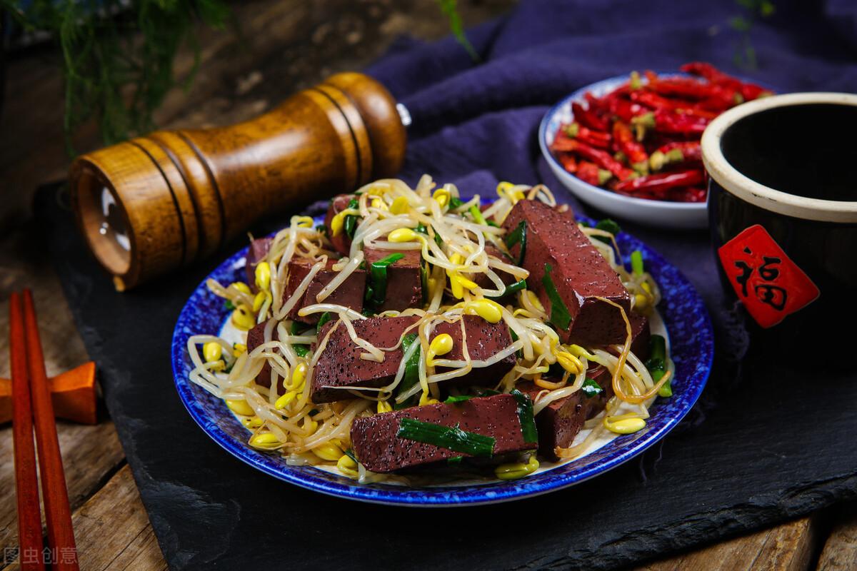 炒猪血时,直接下锅是大错,多做1步,猪血嫩滑入味,不易碎 美食做法 第8张