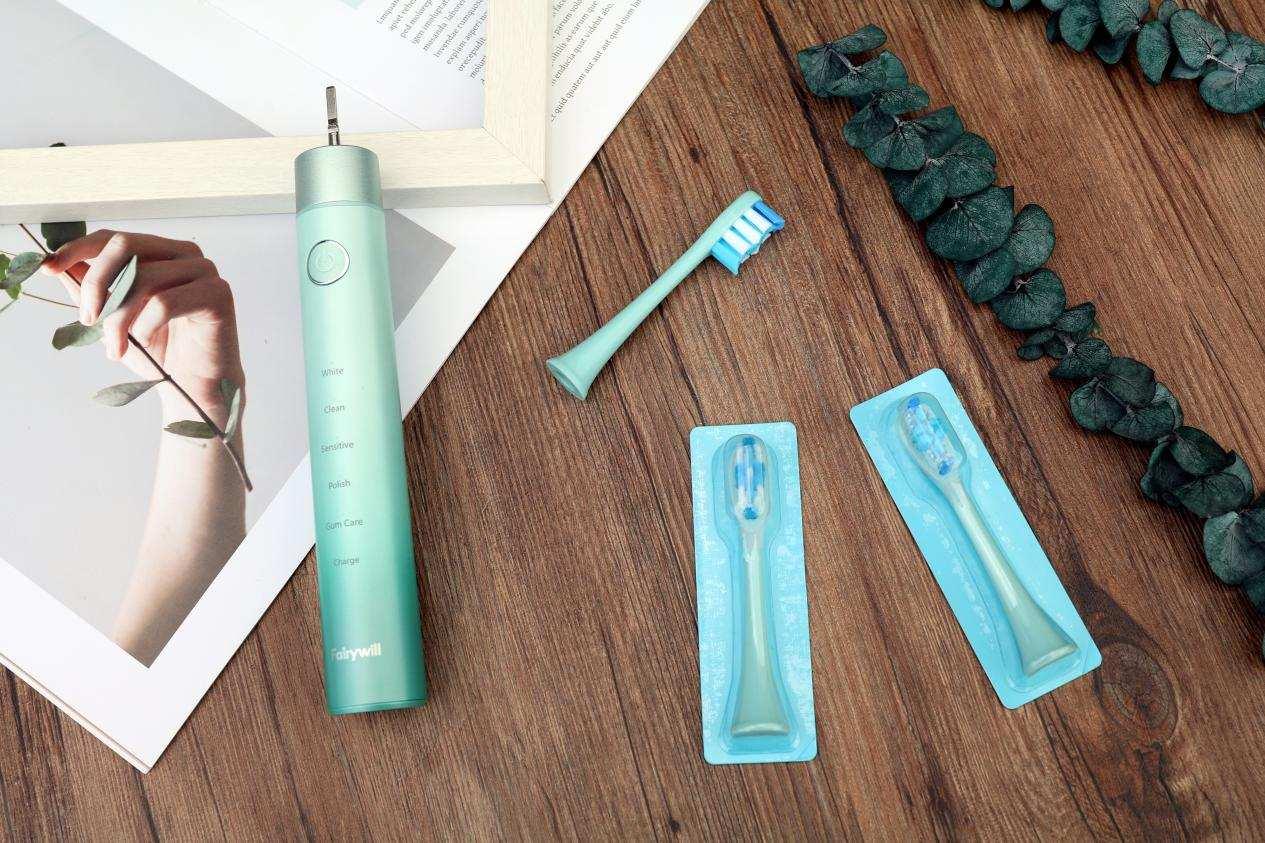 涨知识 电动牙刷真的比手动牙刷干净吗?