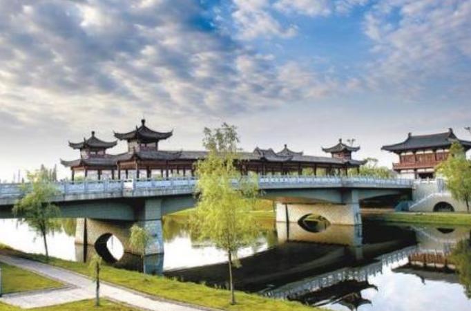 安徽省一个县,人口超40万,东距南京市48公里