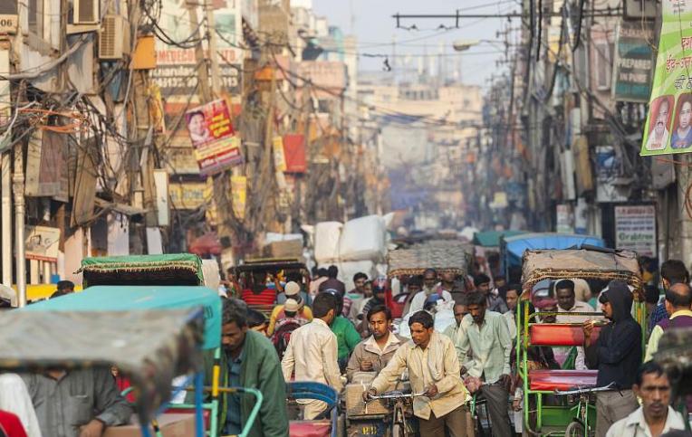 印度究竟生了什么病?莫迪:没有制造业的国家就像一个缺钙的人