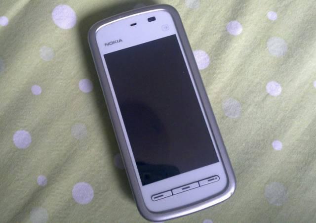 伙计,你还记得人生的第一部手机吗?看完老泪纵横!