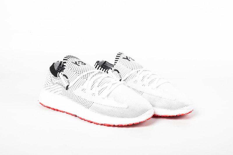 竞速设计高端跑鞋!三双全新 Y-3 鞋款现已发售