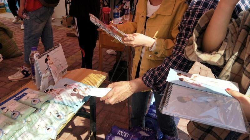 「TFBOYS」「分享」190419 粉丝携王俊凯公益进高校,倡导全棉环保十分公益