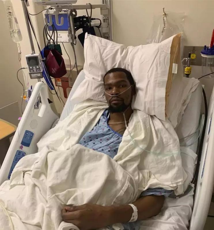 杜兰特跟腱断裂接受手术,社交网络的恶意害了他