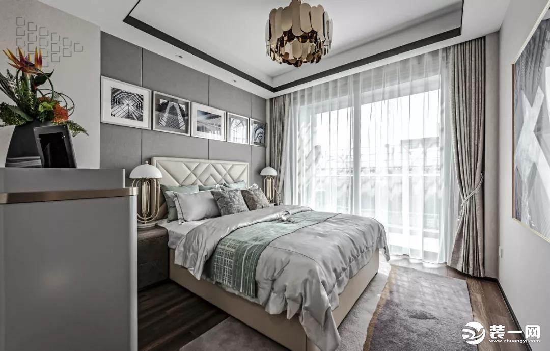 臥室壁燈高度一般是多少合適 安裝壁燈要注意什么