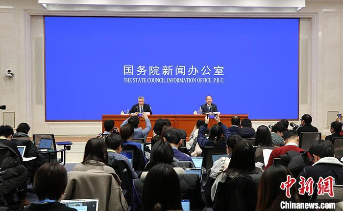 经济观察:中国GDP总量逼近100万亿元的四重意义
