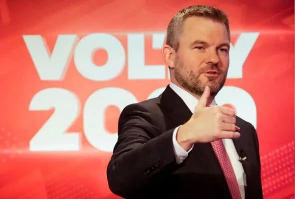 """斯洛伐克总理回应网传感染新冠肺炎:""""一派胡言!我在最不恰当的时刻健康出现了问题"""""""