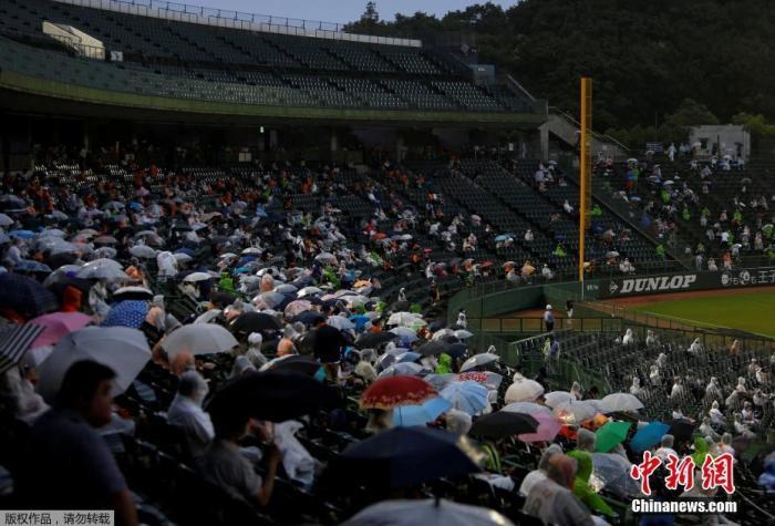 日媒:日本政府决定9月起放宽外国人再次入境限制