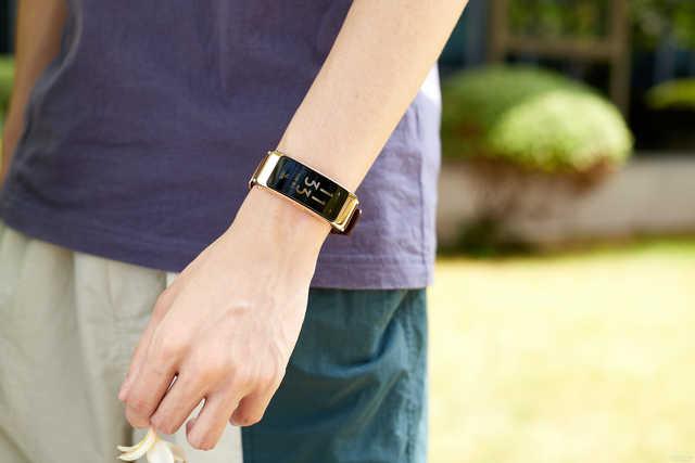 怎样的智能手环可以卖到千元?华为手环B6给你答案