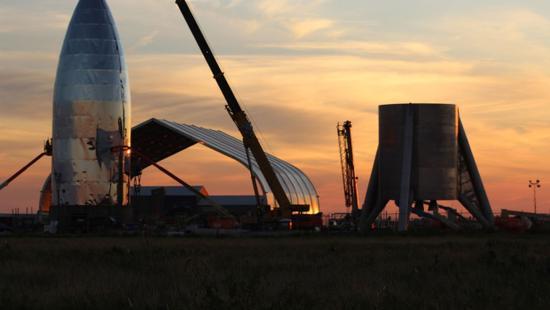 SpaceX在最大单轮融资中筹资19亿美元 估值460亿美元