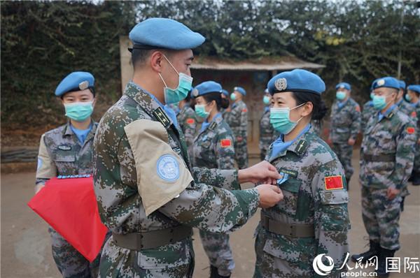 """我第23批赴刚果(金)维和部队218名官兵荣获联合国""""和平荣誉勋章"""""""