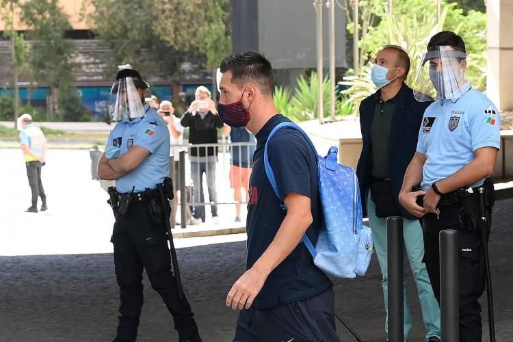 西媒:曼联尝试接触梅西说服他加盟,俱乐部经济实力是优势