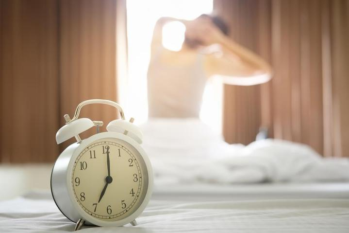 有趣的科学 | 一天睡4小时,中间隔一小时,张朝阳的睡眠大法靠谱吗?