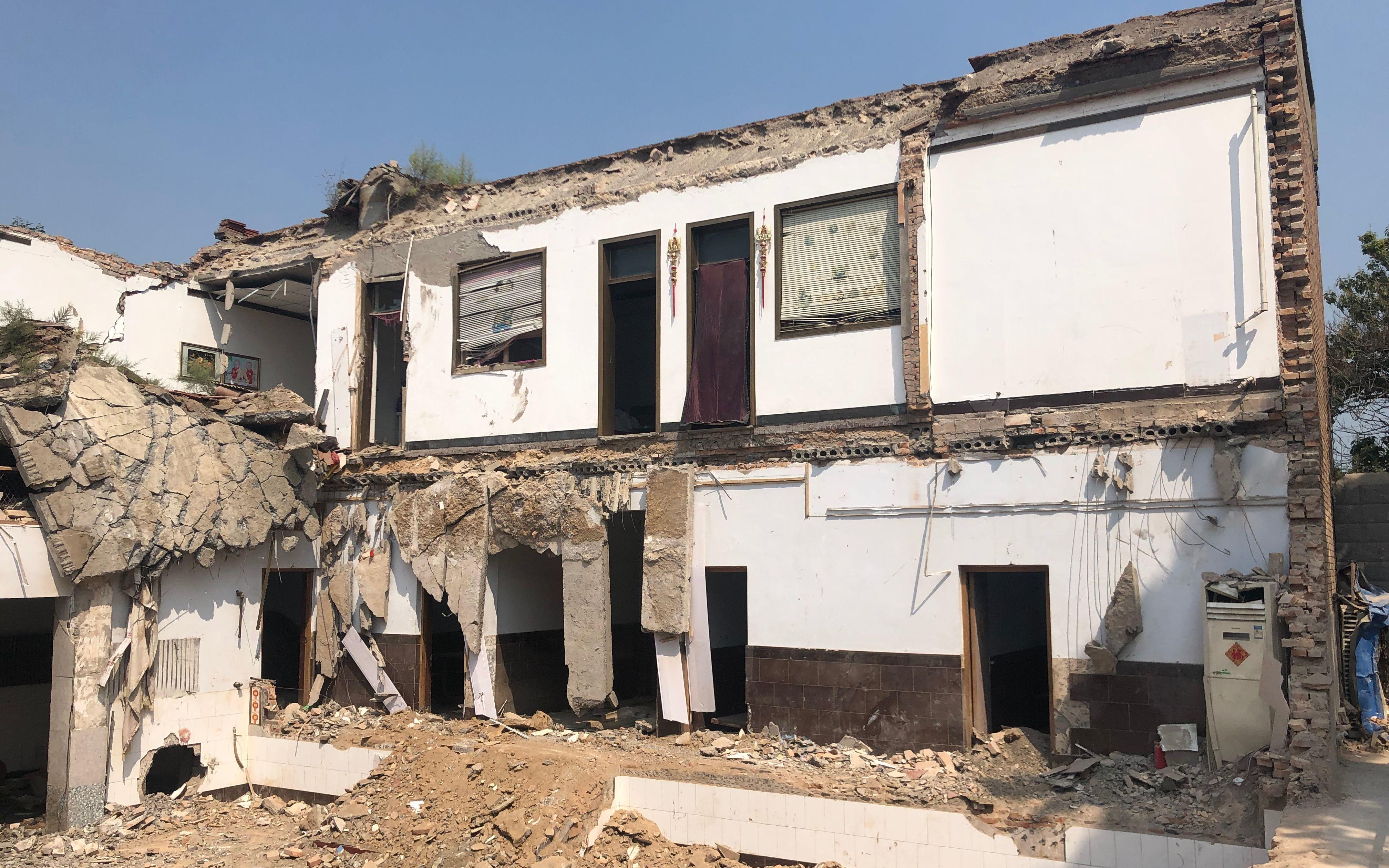山西临汾坍塌饭店:为村民自建房,十多年间曾加盖、扩建五六次