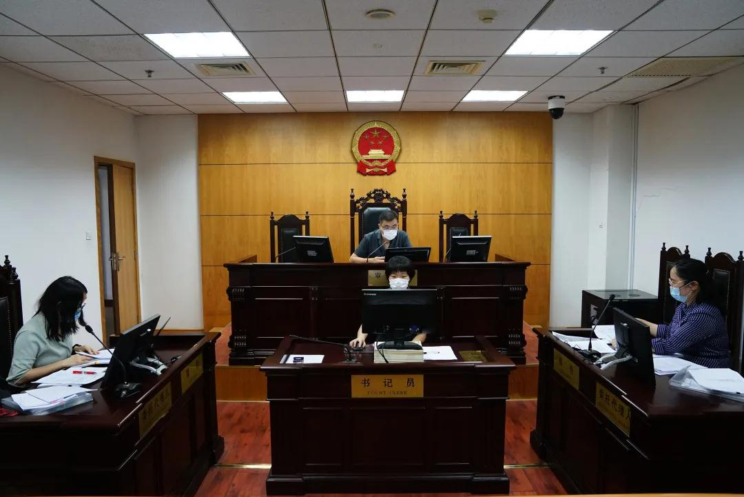 鞠婧祎诉上海一文化传媒公司、新浪等肖像侵权,金山法院开庭