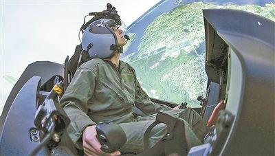 美空军加强训练难掩窘境