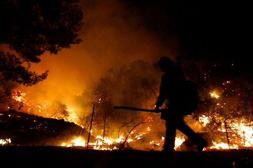 美国山火造成严重空气污染 烟尘甚至还飘到欧洲