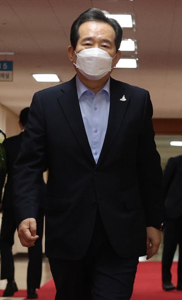 韩国总理室发生疫情:总理被紧急隔离 前一天曾见文在寅