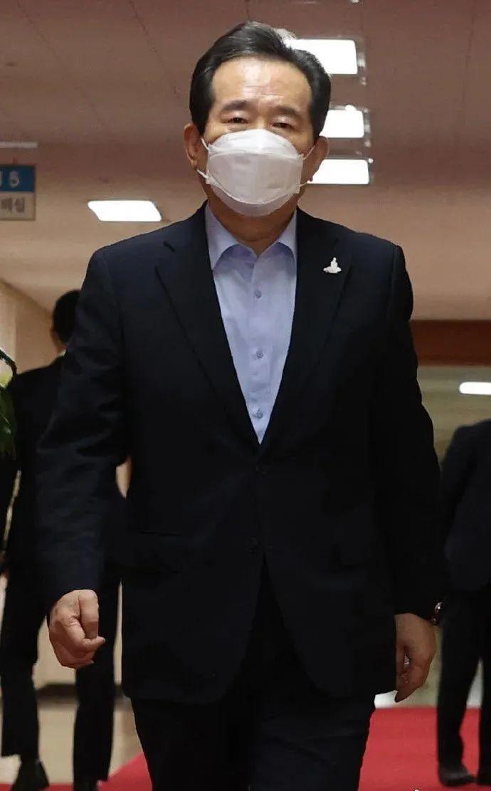 韩国总理室发生疫情,总理被紧急隔离