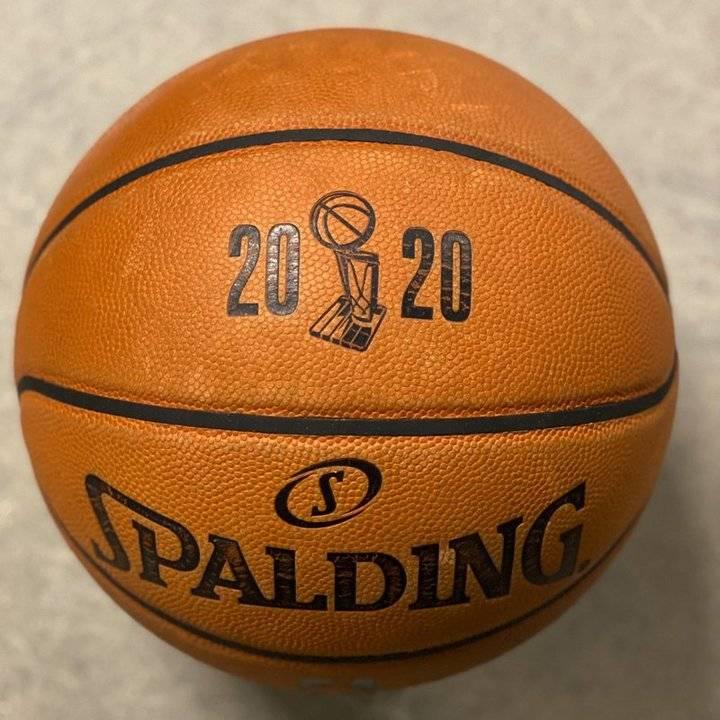 今年NBA总决赛比赛用球啥样?NBA官方发布篮球近照