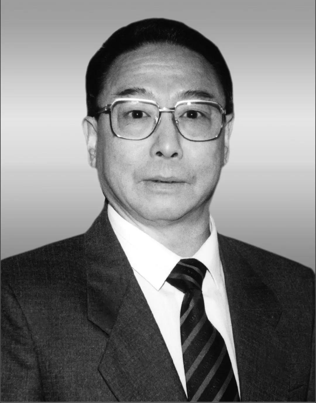 """京剧谭派掌门人谭元寿去世享年92岁,曾演《沙家浜》""""郭建光"""""""