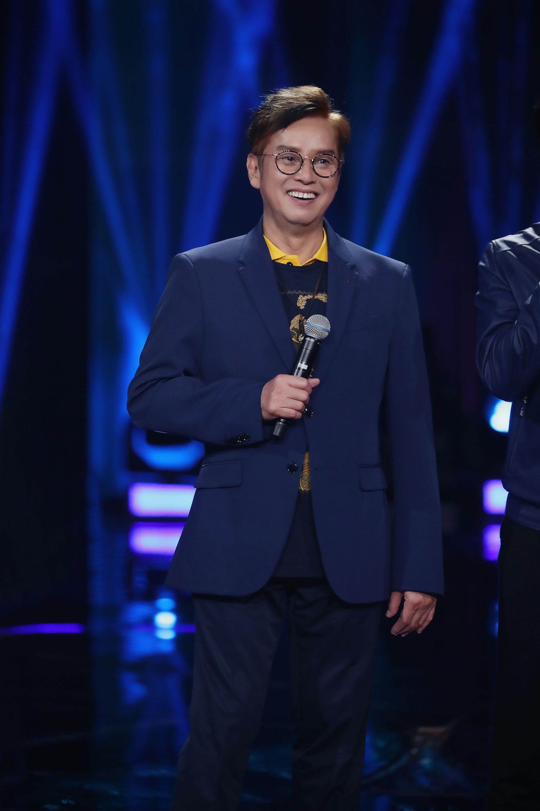 《我们的歌》第二季今晚开播,李健成功追星谭咏麟