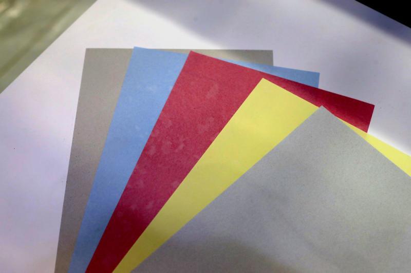 5秒钟,一张废纸变身崭新再生纸,爱普生无水再生纸系统亮相进博会