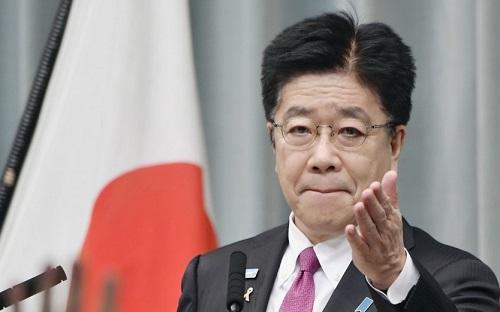 日媒:日本官房长官抱怨中国渔船在日本海优质鱼场捕鱼 威胁日本渔船安全
