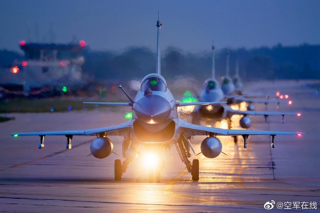 人民空军71岁生日:71秒看人民空军,帧帧都是大片