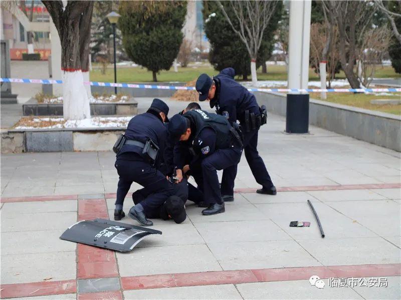 临夏市公安局开展全警实战大练兵送教活动