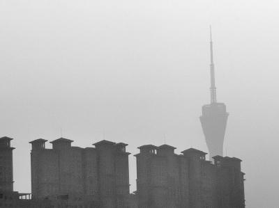 河南启动重污染橙色预警 除应急抢险等重大项目外郑州市停止土石方施工