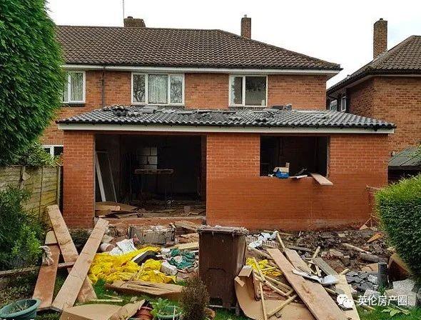 18个月改造翻新,房子升值11万镑,这对小夫妻怎么做的?