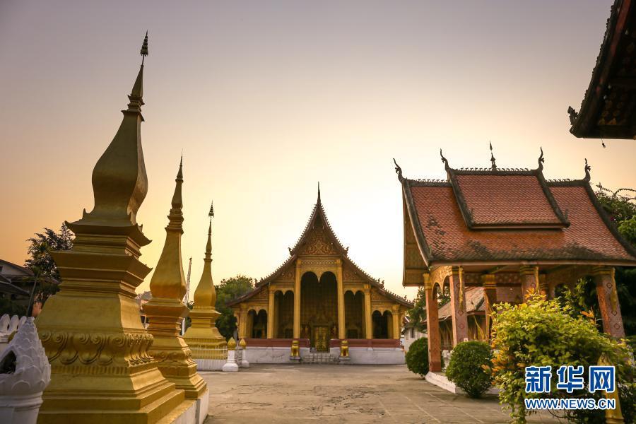 湄公河畔的琅勃拉邦古城