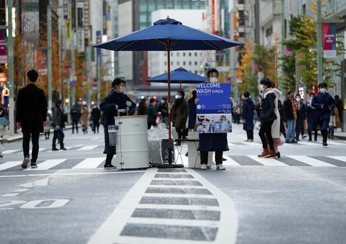 新冠确诊病例超20万例,医疗资源不堪重负,日本医疗界发布紧急事态宣言