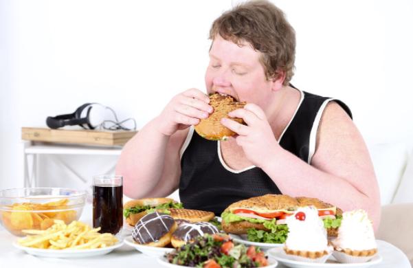 肠胃不好的人经常会有这几个坏习惯,快点改正吧