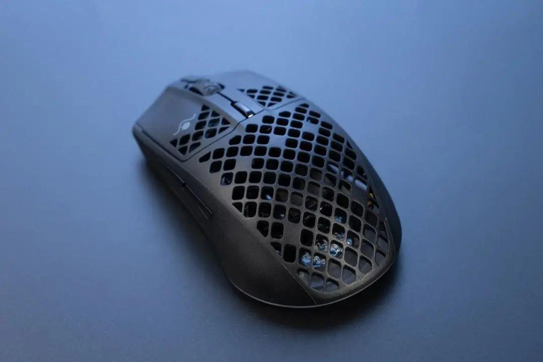 当下正流行,轻量化无线游戏鼠标代表作登场!赛睿Aerox 3 Wireless体验