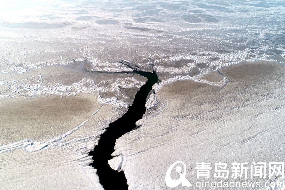 海上千里冰封令人有沧海桑田之感
