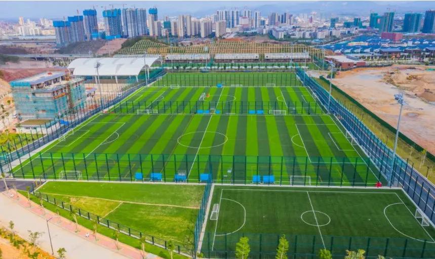 记者:苏州和广州有望成为新赛季中超举办地