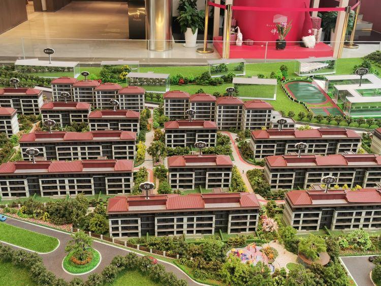 中瑞鼎峰伴山府承诺买房赠院子,不写入合同!律师提醒:有风险