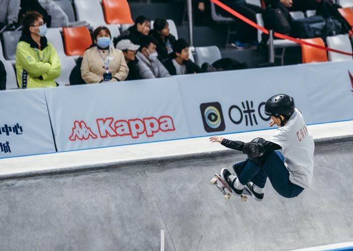 背靠滑板、面向青年文化,Kappa回归运动开拓新市场